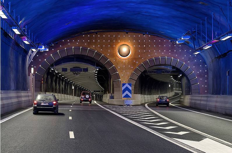 stockholm-ringweg-in-tunnel
